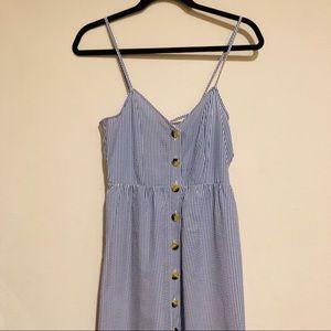 H&M Dresses - 🆕H&M Striped Maxi Dress